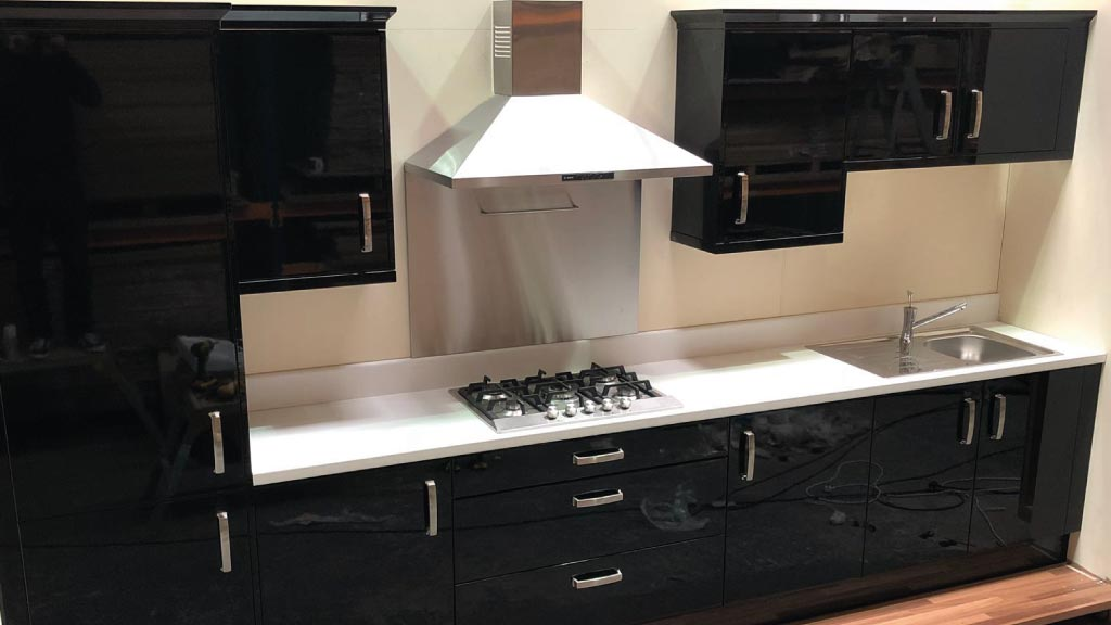 Cheap Kitchens Warrington - Budget Kitchens Warrington - Alexanders Kitchens Warrington - Black Gloss Painted